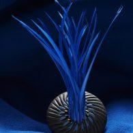 Corail (Broche, porcelaine, plumes)