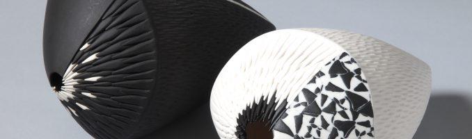Black and White (Serie, pigment porcelain)
